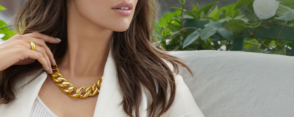 Necklaces - From Classic to On-Trend