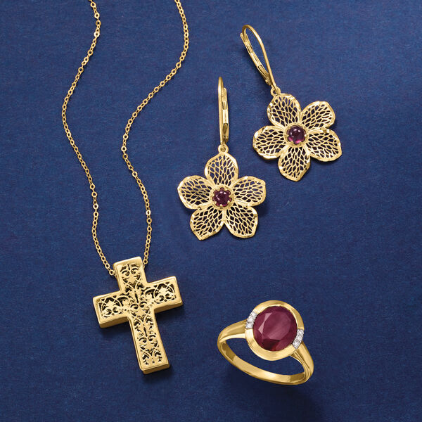 Glowing treasures from Italy. Shop Italian Gold
