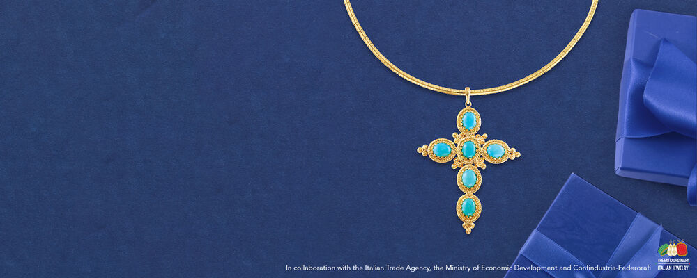 Necklaces From Italy. All The Luxury. Image Featuring Italian Necklace 933899. In collaboration with the Italian Trade Agency, the Ministry of Econimic Development and Confindustrua-Federorafi.