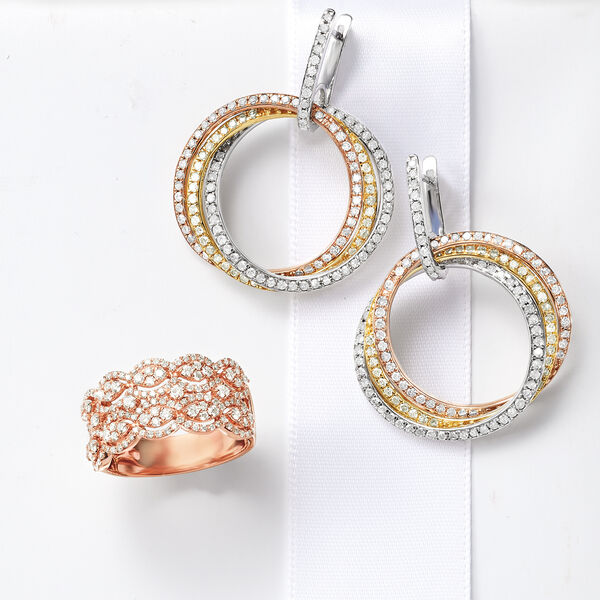 Vintage-inspired diamonds.
