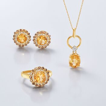 2.70 Carat Oval Citrine Pendant Necklace with Diamond Accents in 14kt Yellow Gold, , default
