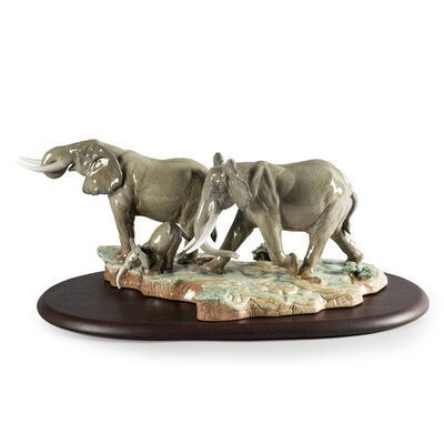 "Lladro Porcelain Elephant Figurine: ""A Stop Along the Way"", , default"