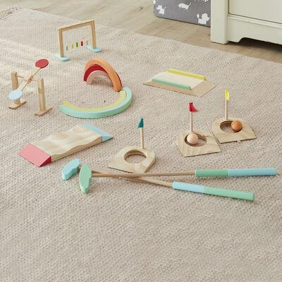 Child's 17-pc. Wooden Mini Golf Set