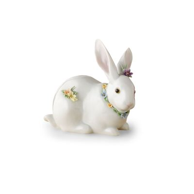 "Lladro ""Bunny and Flowers"" Porcelain Figurine"