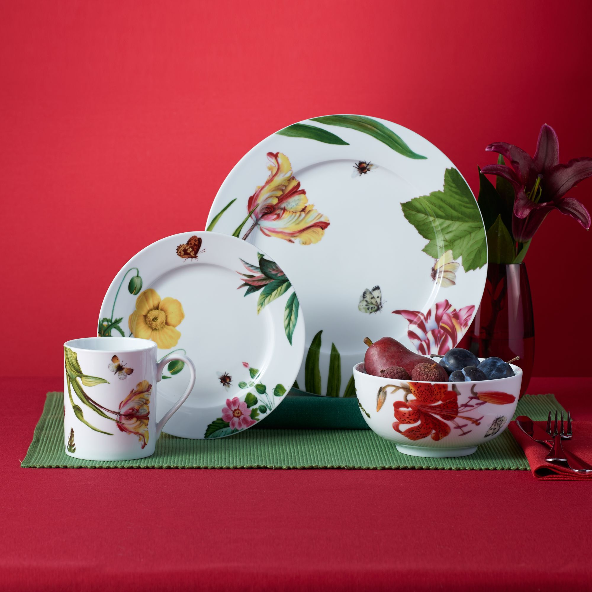 Royal Worcester U0026quot;Floral Havenu0026quot; Porcelain Dinnerware, ...