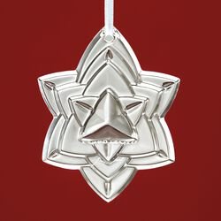 "Baccarat 2018 Annual ""Noel"" Crystal Star Ornament, , default"