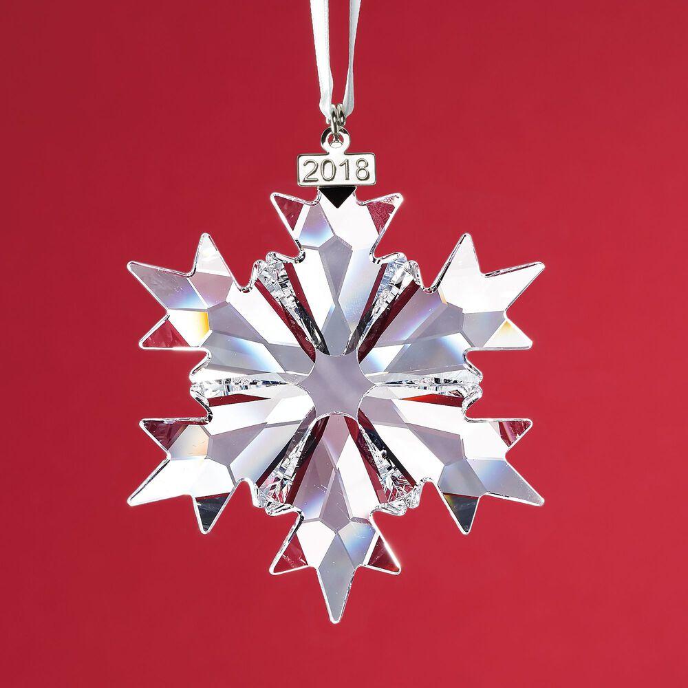 f876b6bea01f Swarovski Crystal 2018 Annual Star Ornament