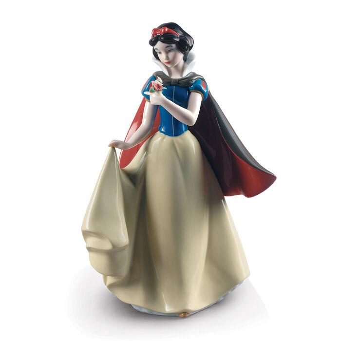 """Lladro """"Snow White"""" Porcelain Figurine"""