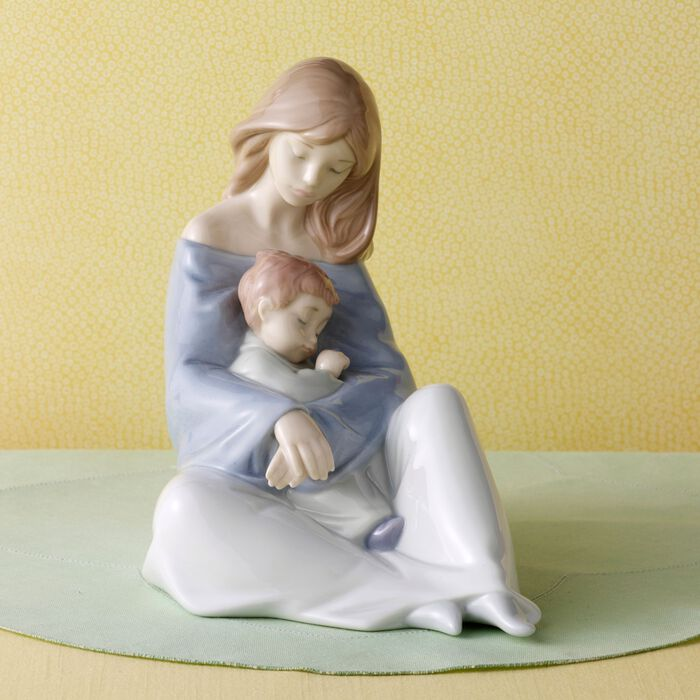 "Nao ""Greatest Bond"" Porcelain Figurine , , default"