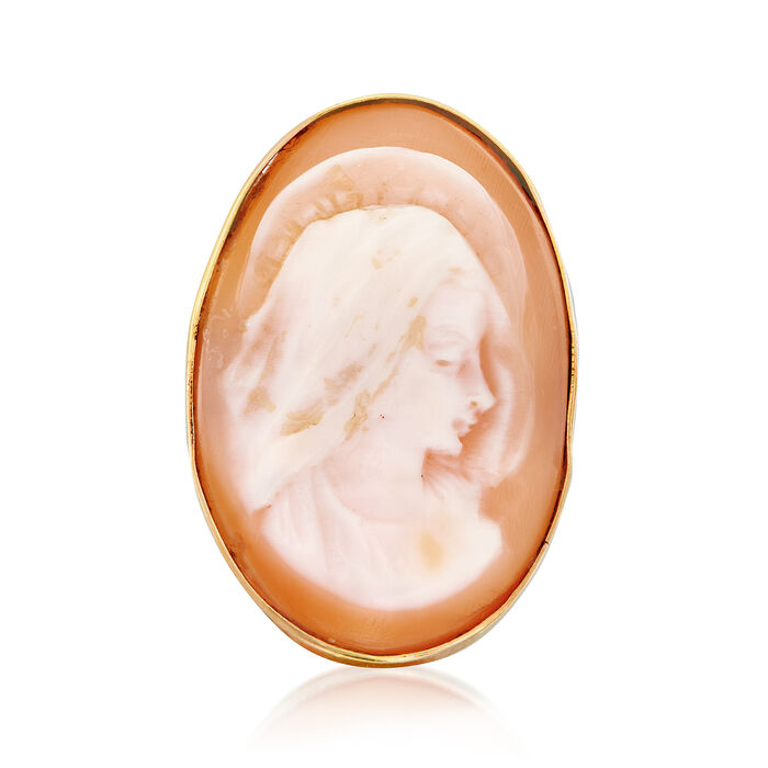 C. 1970 Vintage Pink Shell Cameo Ring in 14kt Yellow Gold. Size 8