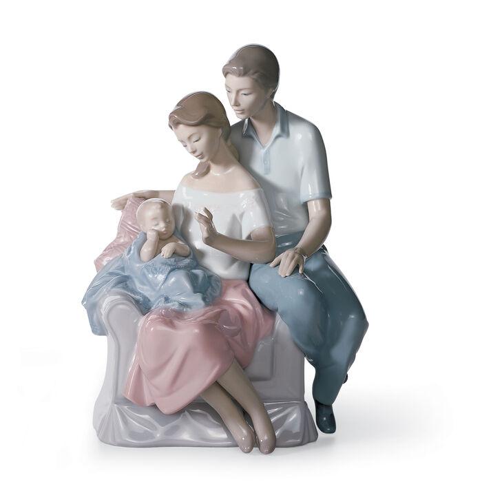 "Lladro ""A Circle of Love"" Porcelain Figurine"