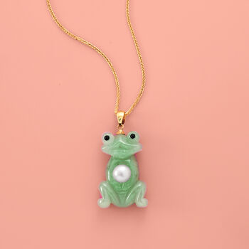 7mm Cultured Pearl and Green Jade Frog Pendant with 14kt Yellow Gold.