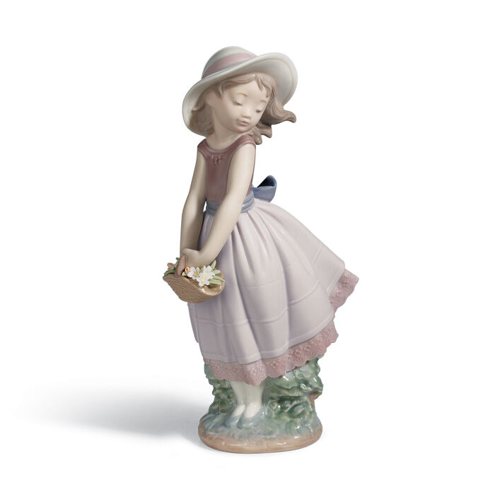 "Lladro ""Pretty Innocence"" Porcelain Figurine , , default"
