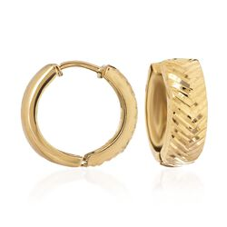"14kt Yellow Gold Diamond-Cut Chevron Huggie Hoop Earrings. 1/2"", , default"