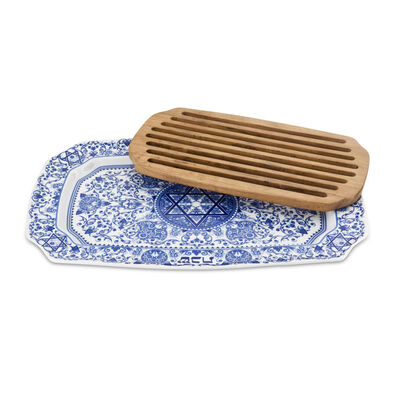 "Spode ""Blue Italian"" Challah Tray with Wooden Insert"