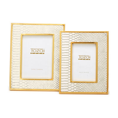 Set of 2 White Python Photo Frames with Gold-Plated Edge, , default