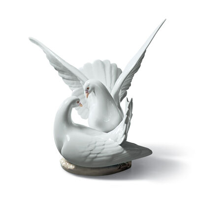 "Lladro ""Love Nest"" Porcelain Figurine, , default"