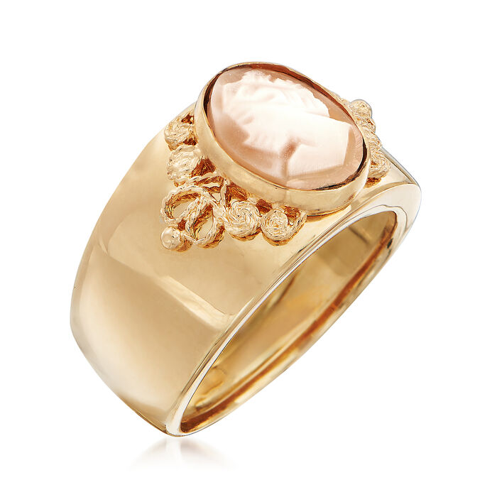 Italian Cameo Ring in 18kt Yellow Gold