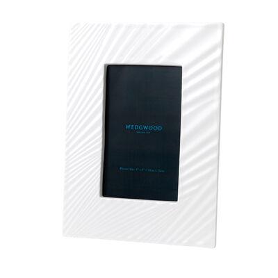 """Wedgwood """"White Folia"""" Photo Frame"""