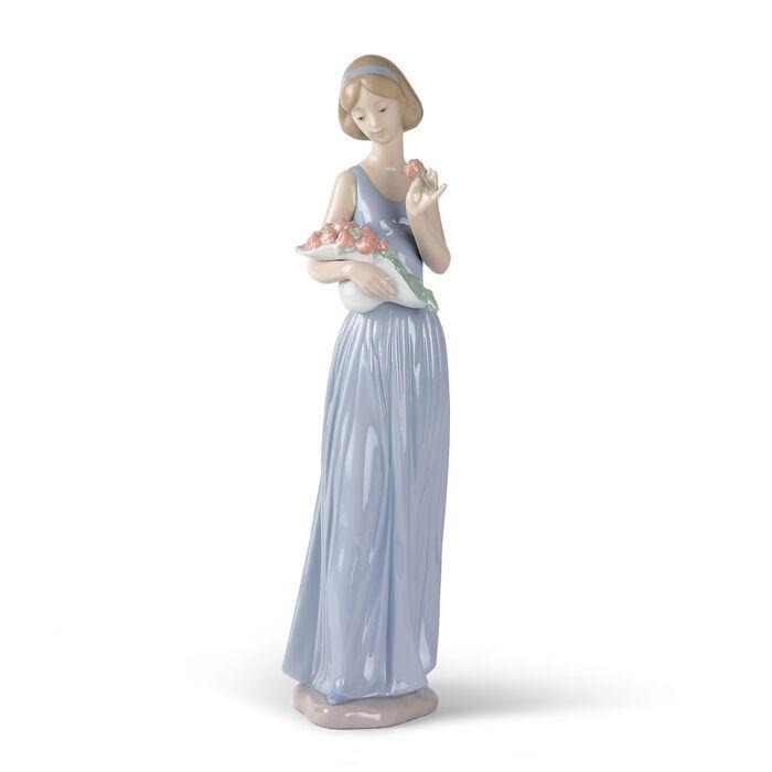 "Nao ""My Little Bouquet"" Porcelain Figurine"