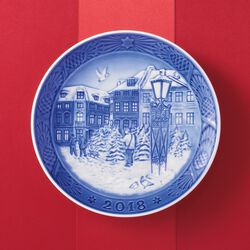 Royal Copenhagen 2018 Annual Porcelain Christmas Plate - 111th Edition, , default