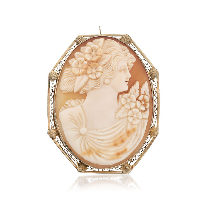 C. 1950 Vintage Oval Shell Cameo Pin Pendant in 14kt Yellow Gold. Pin