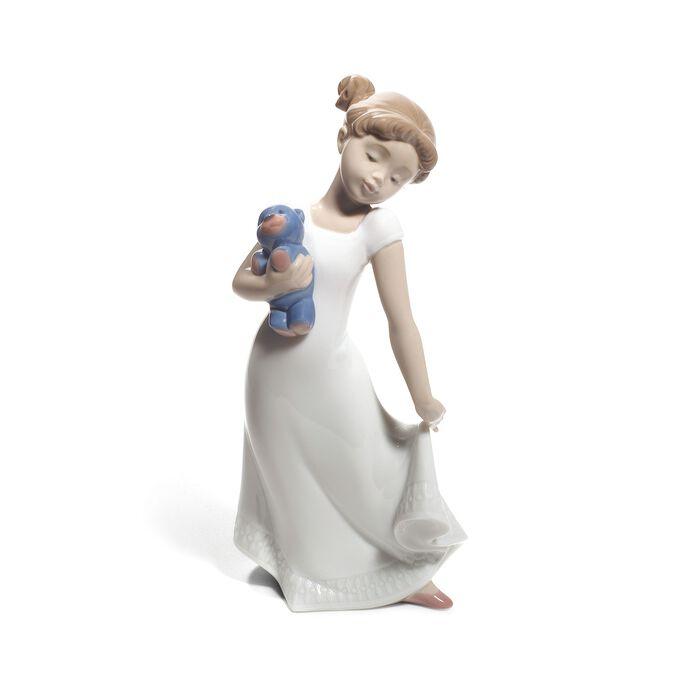 """Nao """"Am I Elegant"""" Porcelain Figurine"""