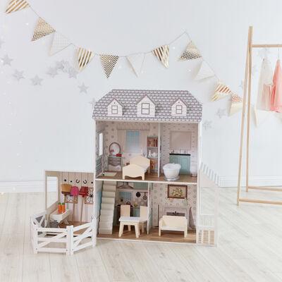 """Child's """"Dreamland"""" Farm House Dollhouse"""