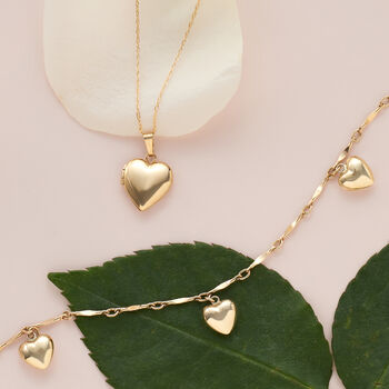 "Child's 14kt Yellow Gold Heart Charm Bracelet. 6"", , default"