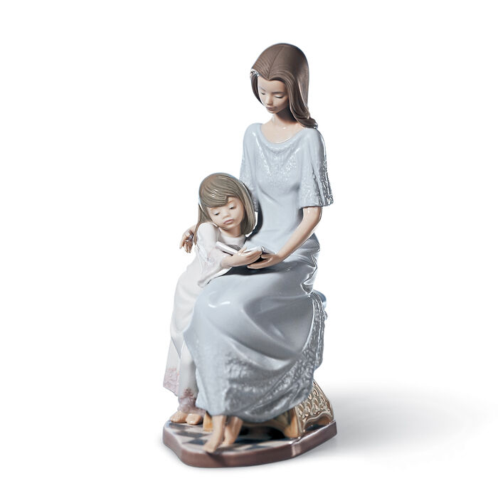 "Lladro ""Bedtime Story"" Porcelain Figurine"