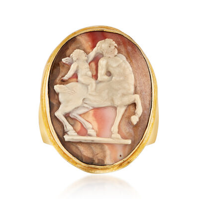 C. 1950 Vintage Multicolored Agate Cameo Ring in 18kt Yellow Gold