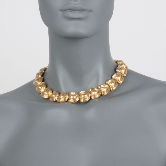 "C. 1980 Vintage 18kt Yellow Gold Graduated Heart Necklace. 16"", , default"