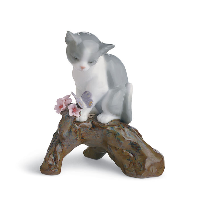 "Lladro ""Blossoms for the Kitty"" Porcelain Figurine"