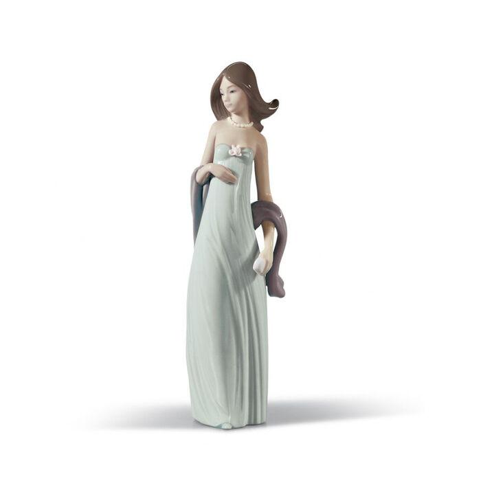 "Lladro ""Ingenue"" Porcelain Figurine , , default"