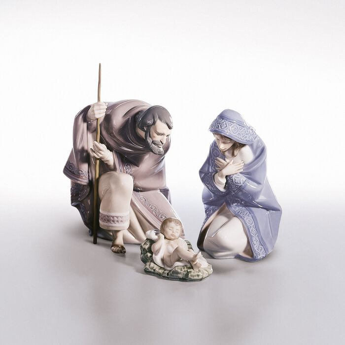 """Lladro """"Nativity"""" Porcelain Collection"""