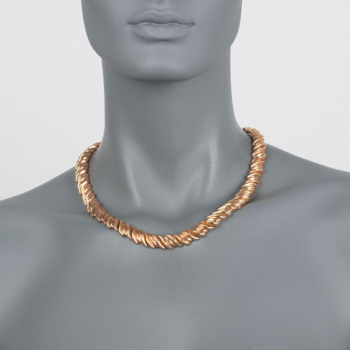 "C. 1970 Vintage 18kt Yellow Gold Ribbed Necklace. 18"", , default"