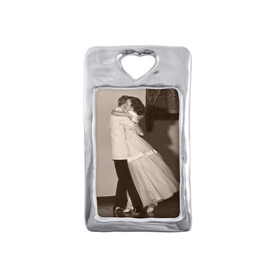 Mariposa 4x6 Open Heart Frame