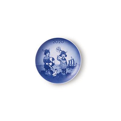 """Royal Copenhagen """"Bing & Grondahl"""" 2020 Children's Day Porcelain Plate, , default"""