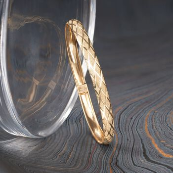 "14kt Yellow Gold Crisscross Pattern Bangle Bracelet. 8"", , default"