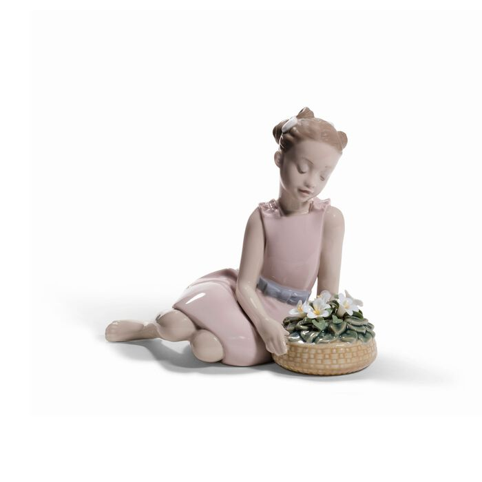 "Lladro ""Flower Arrangement"" Porcelain Figurine"