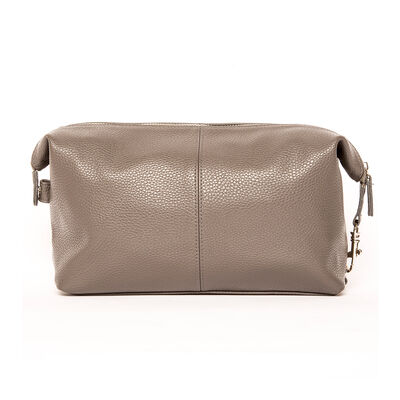 "Brouk & Co. ""Stanford""  Tan Genuine Leather Toiletry Bag"